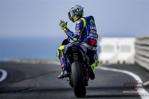 MotoGP, Rossi and the Reds seek light in the Qatar night