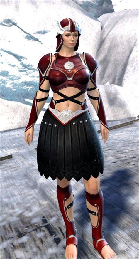 GW2 Spearmashal Weapon Skins and Sunspear Outfit - Dulfy