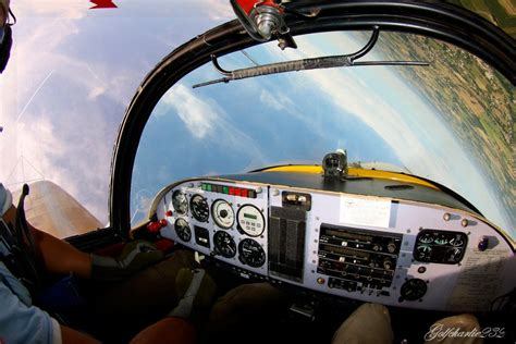 Should All Pilots Be Required To Demonstrate Spins