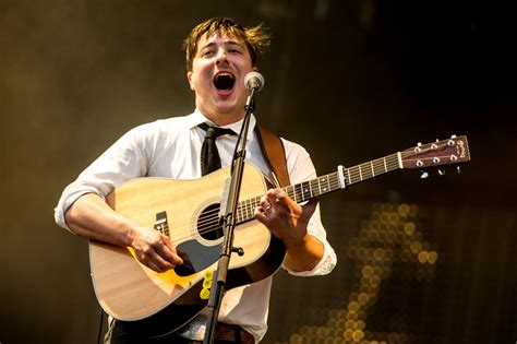 Mumford & Sons' 'Babel' Returns To The Top Of The Charts