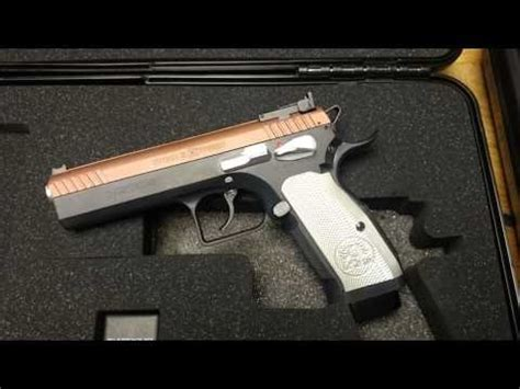 Tanfoglio stock 2 Xtreme out of the box review - YouTube
