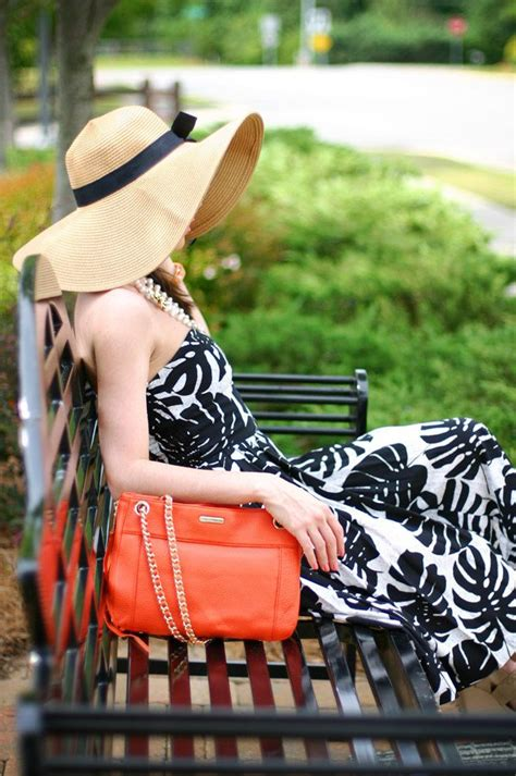 OOTD | Stars or Sun Hats? - Fashion Chalet by Erika Marie